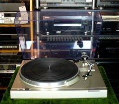 Vintage Panasonic SL-H301 Turntable