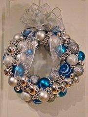 November 12: Mixed Media Holiday Wreath