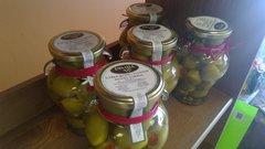 Garlic & Chili Stuffed Olives Cordal