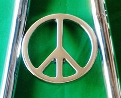 "070b8. Peace Sign - 3-1/2"""