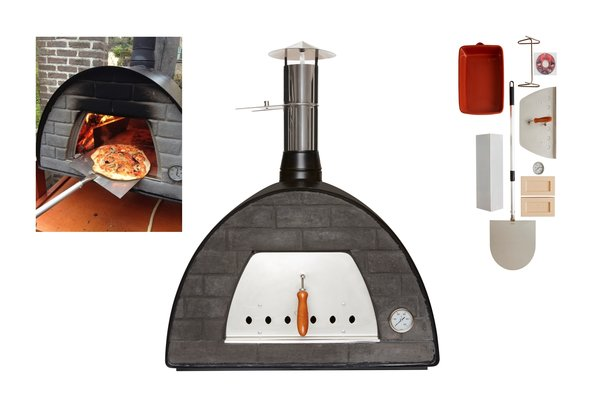 Maximus Black Woodfired Pizza Oven With FREE COVER
