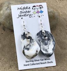 Black and White Beach Shell Earrings - CESH12