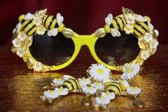 SOLD! 2712 Designer Inspired Baroque Embellished Bee Flower Sunglasses