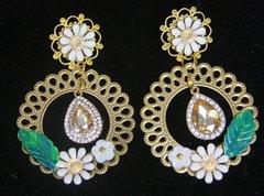 2184 Baroque White Flower Leaf Filigree Crystal Studs Earrings