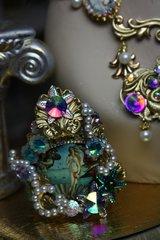 1010  Birth Of Venus Cuff Renaissance Cameo Crystal Amazing Bracelet Bangle