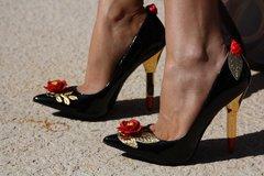 SOLD! 187 Lipstick Heel Embellished Rose Black Shoes Size 7.5