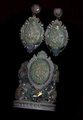 SOLD! 615 SET BANGLE +Earrings Roman Inspiration White Pearl Cameo Rhinestone Cuff Bangle+ Earrings