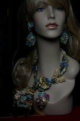 152 Art Jewelry 3D Effect Victorian Cherub Enamel Elements Unique Statement Necklace