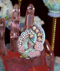 SOLD! 2016 Marie Antoinette Fan Crystal Adjustable Cocktail Ring