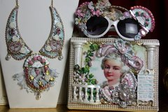 SOLD! 2047 Marie Antoinette GardenStunning Embellished Handbag Trunk