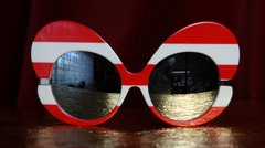 1871 Trendy Red Stripe Oversized Sunglasses Shades