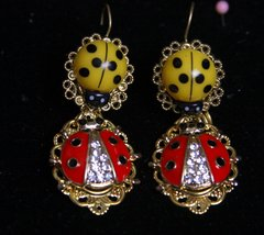 2123 Ladybug Baroque Elegant Earrings Studs