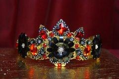 2300 Elegant Simple Black Flower Crystal Tiara Crown