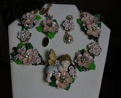 526  SET Total Baroque Hand Painted Cherub Pale Pink Flower Unique Statement Necklace
