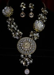 SOLD!1680 Repurposed Authentic Chanel Button Pearl Flower Necklace SET