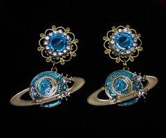 1800 Trendy Enamel Satellite Aqua Crystal Studs Earrings