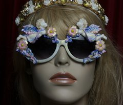 1819 Baroque Faced Cherubs Blue Flower Gold Touch Embellished Sunglasses
