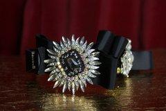 2090 Baroque Bow Crystal Black Headband