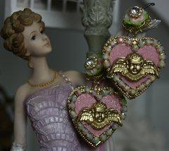 1214 Baroque Pale Pink Heart Cherub Studs
