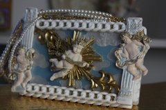 43 COLLECTIBLE Total Baroque 3D Effect Stunning Pearl Cloud Purse Handbag Clutch