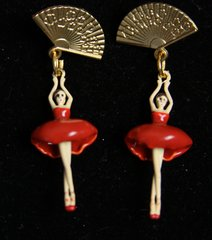 2024 3 D Effect Enamel Ballering Fan Studs Elegant Earrings