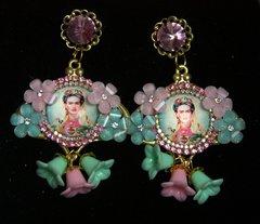 2255 Frida Kahlo Cameo Aqua Pink Flower Studs Earrings