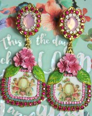 2346 Victorian Cherub Hand Painted Flower Mirrow Earrings