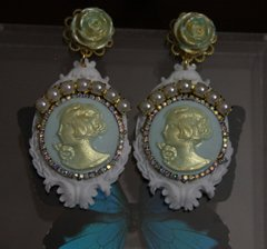 619  Victorian Pearl Cameo Mint Rhinestone Pearl Earrings Studs