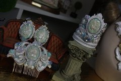 1366 SET BANGLE +Earrings Roman Inspiration White Pearl Cameo Rhinestone Cuff Bangle+ Earrings