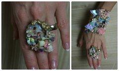 1017  Victorian Cherub Flower Crystal Cocktail Adjustable Ring