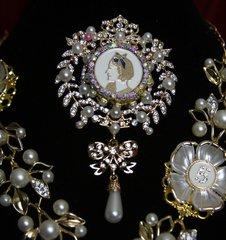 1785 Madam Coco Enamel Pearl Crystal Brooch