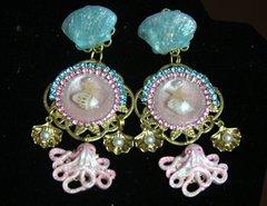 2268 Nautica Marine Hand Painted Octopus Sheel Beautiful Studs Earrings