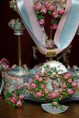 2189 Set Of Hand Painted Massive Marie Antoinette Tulip Fan Necklace+ Earrings