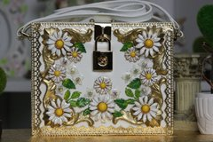 42 Baroque Daisy Crystal Handbag