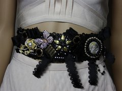 1883 Baroque Crystal Butterfly Cameo Bow Waist Belt