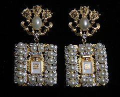 SOLD!1587 Madam Coco Perfume Bottle Lion Pearl Crystal Studs Earrings
