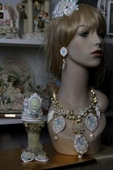 614  SET Victorian Cameo Roman Inspirtion Massive Statement Pearl Necklace