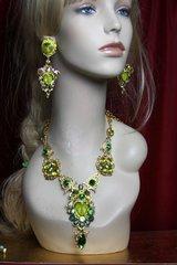 2187 Set Of Carved Genuine Jasper Face+ Citrine Green Crystal Necklace+ Earrings