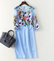 1904 2 Colors Violet Flower Ebroidery Elegant Dress