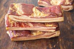 Small Dry Bacon 0.9 lb (送蒜苔一扎)风干北方风味腊肉(无骨有皮),约0.9磅