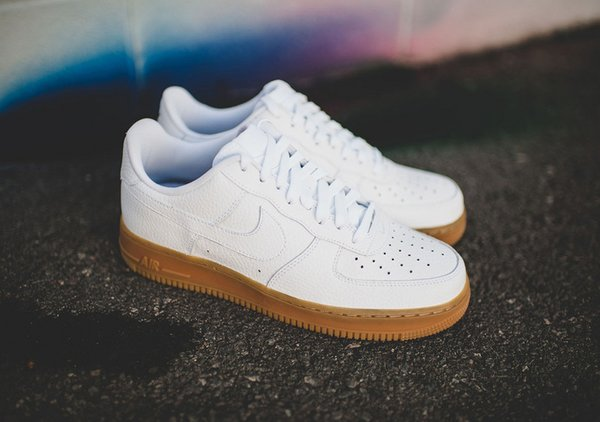 Ladies Nike Air Force 1 Low White & Gum Sneakers (Limited Edition)