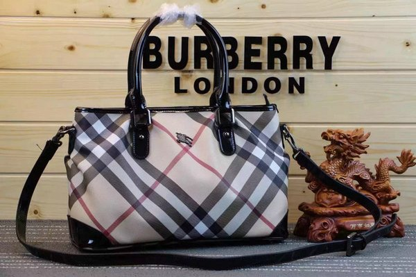 Vintage Burberry Alchester in House Check & Leather Handbag