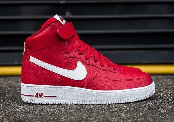 Men's Nike Air Force 1 High 07 Red Sneakers