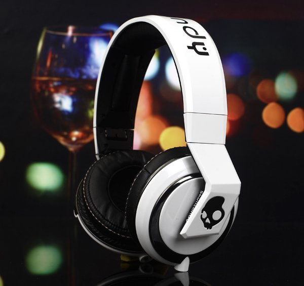 Skull Candy White Crusher Overhead Headphones (Limited Edition)