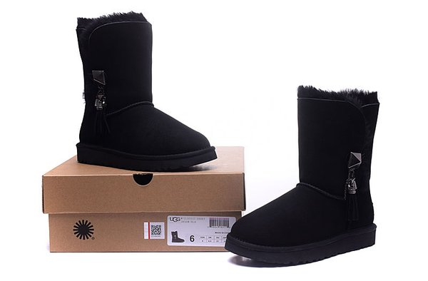 Ladies UGG Custom Black Twinface Lilou Boots (USA LADIES SIZE 5 - 8 ONLY)