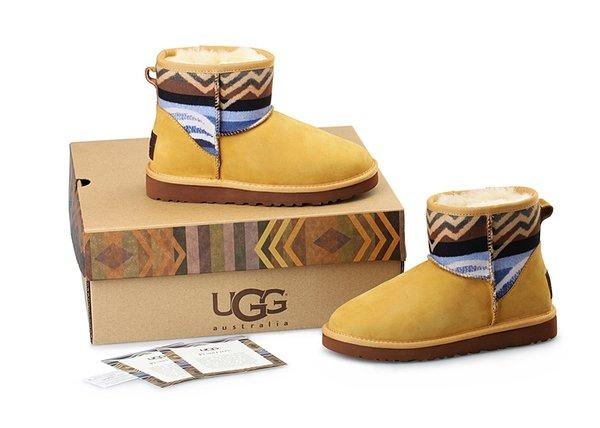 Ladies UGG Custom Classic Mini Pendleton Dayton Boots (USA LADIES SIZE 5 - 8 ONLY)