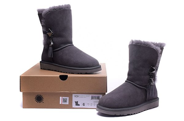 Ladies UGG Custom Grey Twinface Lilou Boots (USA LADIES SIZE 5 - 8 ONLY)