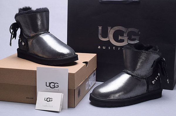 Ladies UGG Black Custom Leather Classic Mini Bailey Bow Boots (USA LADIES SIZE 5 - 8 ONLY)