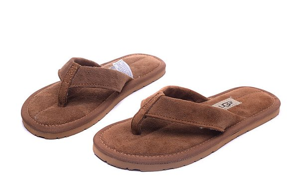 Ladies UGG Brown Sheepkin Classic Slippers (USA LADIES SIZE 5 - 12 ONLY)
