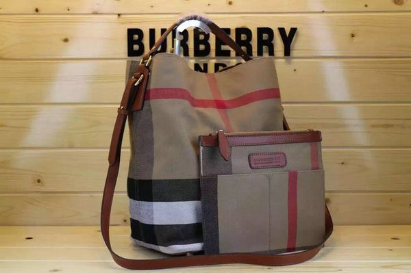 Vintage Burberry Ashby In Canvas Check & Leather w/Detachable Purse Pocket